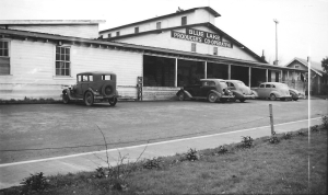 Blue Lake Producers Cooperative 325 Patterson Ave. West Salem - Photo Credit: PCHS – Bill Lucas Collection