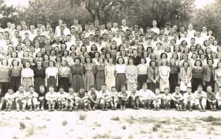 Students at Leslie Junior High School, 1939.  WHC 2015.023.0001
