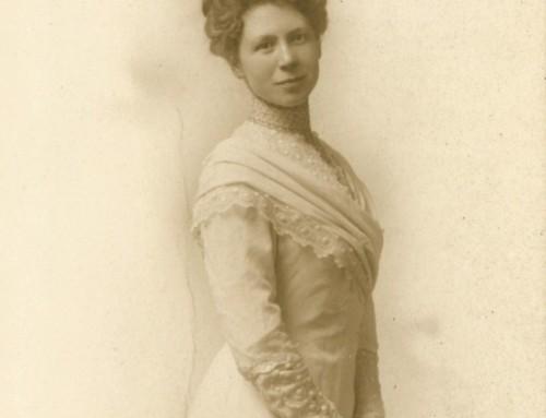 Della Stamp's Woodburn