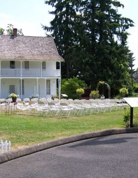 Wedding at Willamette Heritage Center Grounds